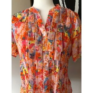 Tradition vintage floral pleated blouse